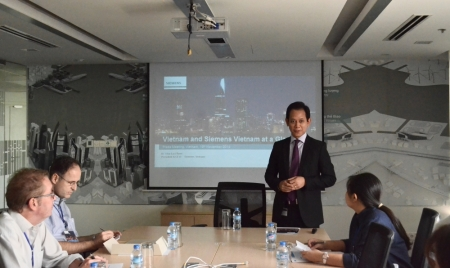 CEO Dr Lai